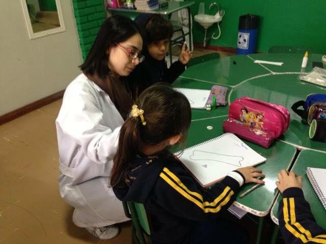 Aula de educação nutricional - tema cálcio: O que é? Onde está? O que faz?