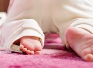 Brinquedos e brincadeiras para bebês de 6 a 9 meses